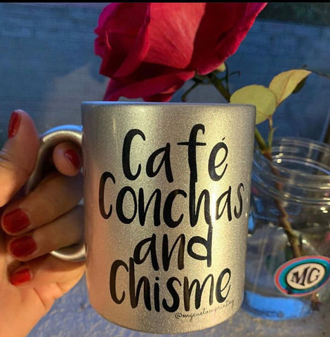 Café conchas and chisme