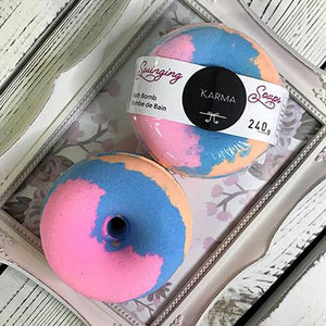 Colourful Bath Bomb Donut-scented in Karma