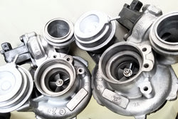 Garrett MGT2256s twin turbos - BMW V8 4.4L
