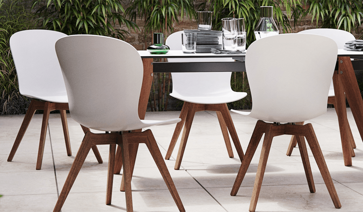 Dining in the Sun: Luxury Outdoor Furniture