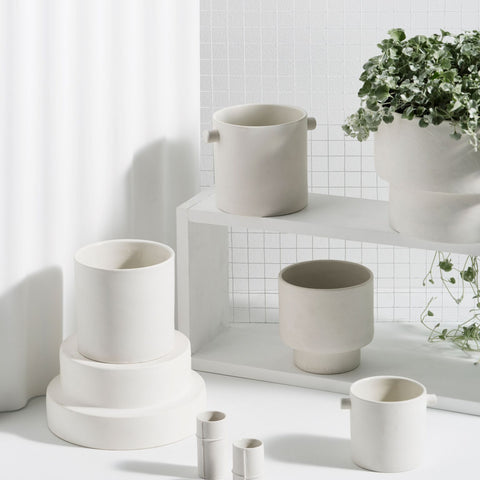 Podium Pot - Medium White