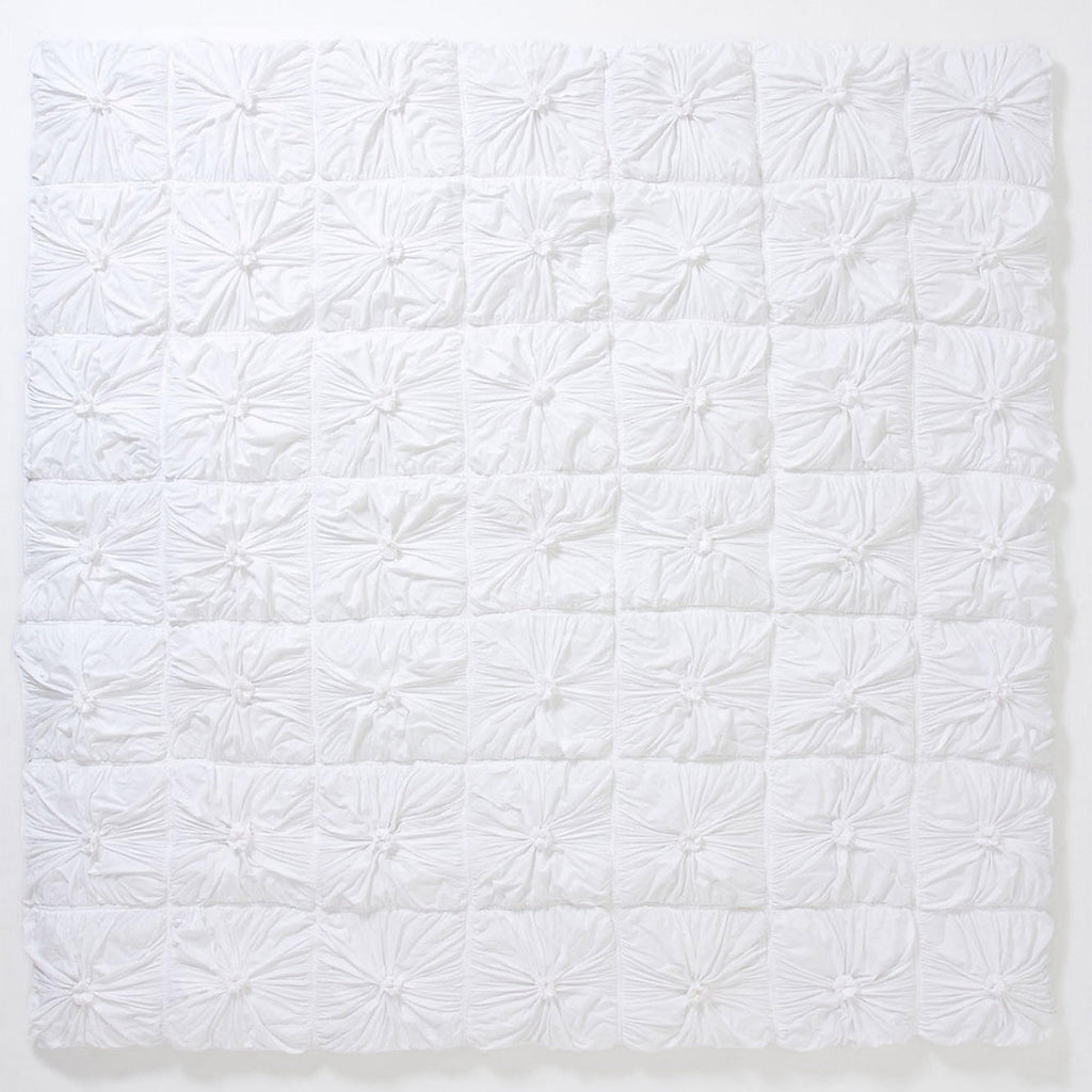 lazybones rosette quilt white king queen