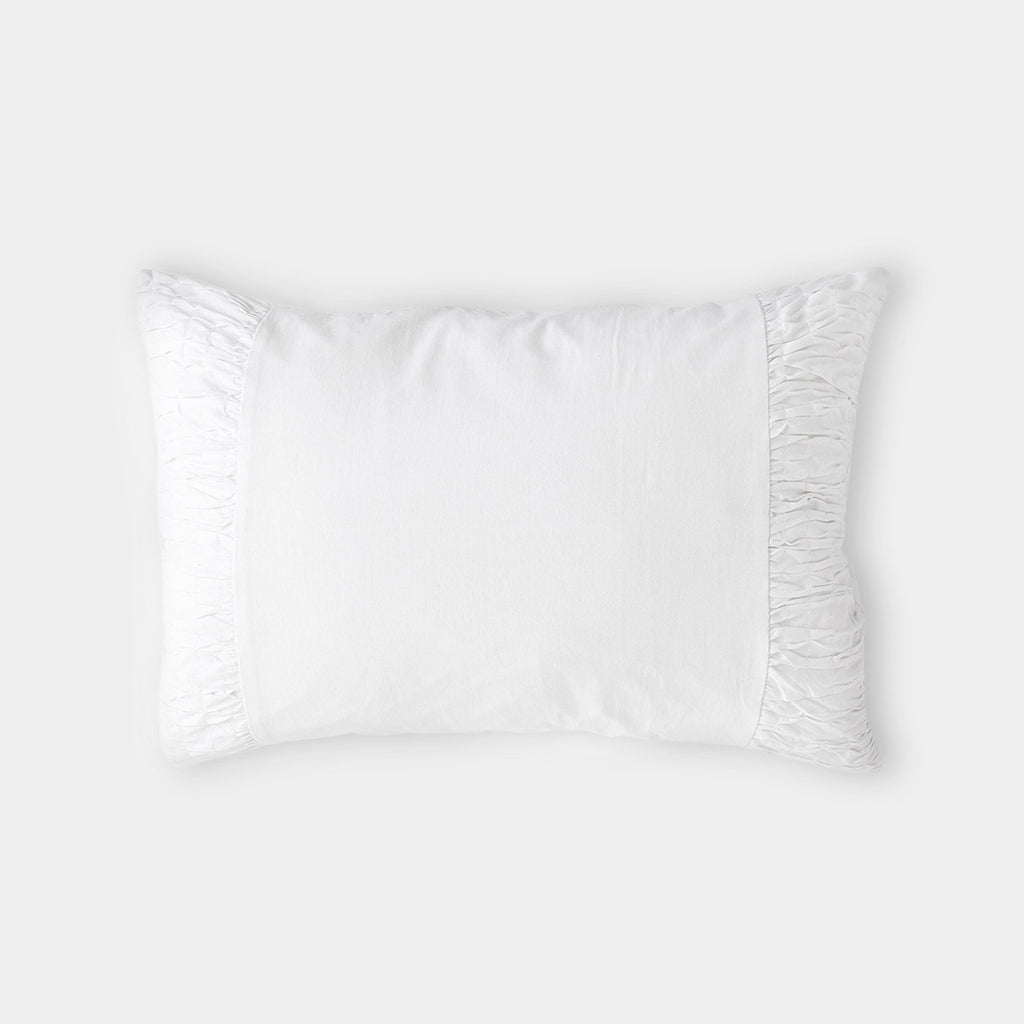lazybones rosette standard pillowcase white