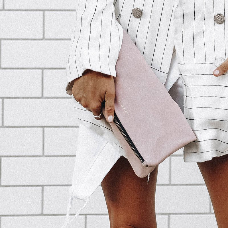 Feel The Night Clutch | Dusty Pink
