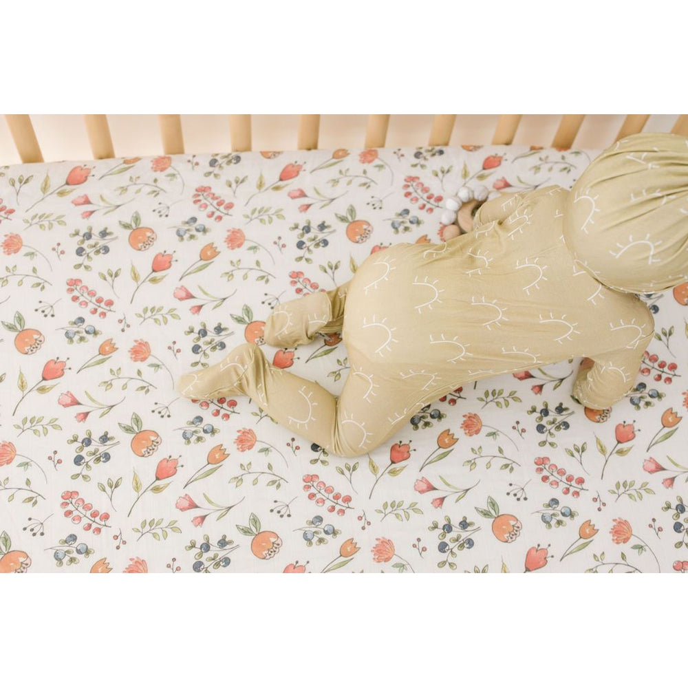 Load image into Gallery viewer, whimsical dancing blooms muslin crib sheet