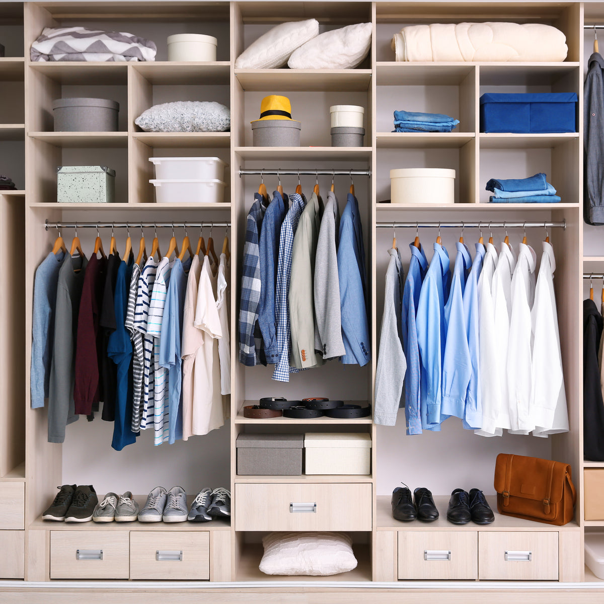 ORGANIZE YOUR CLOTHING GAME
