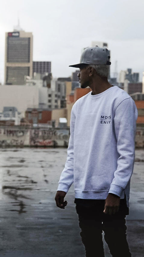 DISTORTED HEAVY CREW JUMPER GREY