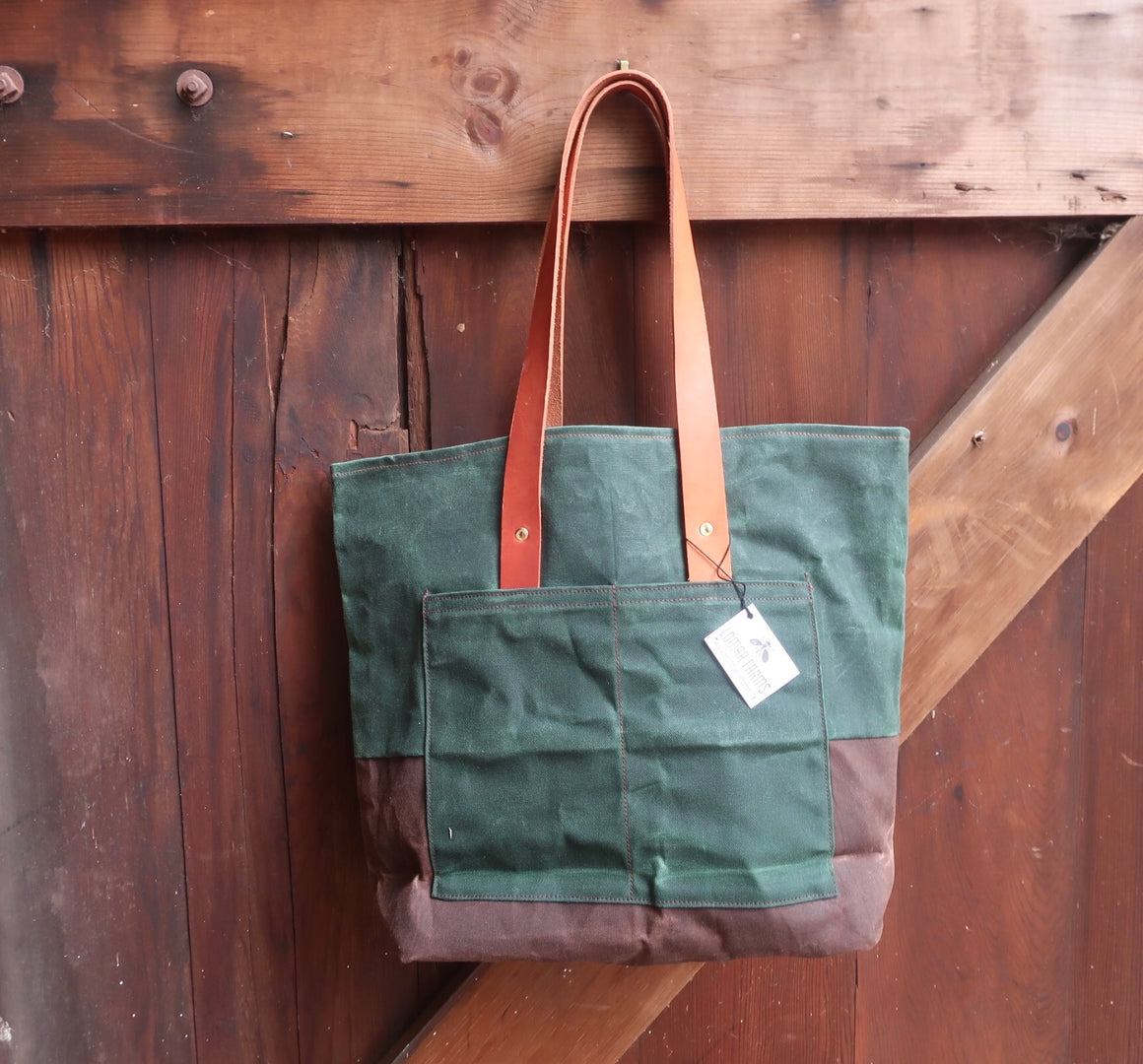 Verde Farm Bag (Hunter Green and Brown Waxed Canvas With Tan Leather Straps)