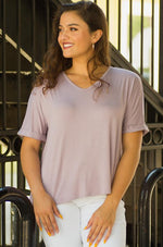 lavender comfy hi-lo V-neck Tee with cuffed sleeves tampa FL-Vêtue Boutique Lithia FL USA. Women's boutique for great quality unique, fun, trendy and stylish clothing and accessories at amazing prices-Let us dress you