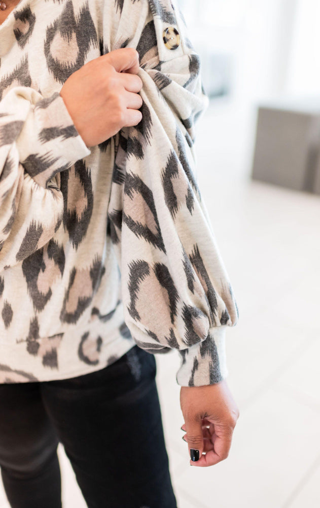 ivory large leopard print wide neck puffy sleeve top vetue Boutique tampa saint Petersburg florida online clothing accessories casual stylish contemporary fashion store