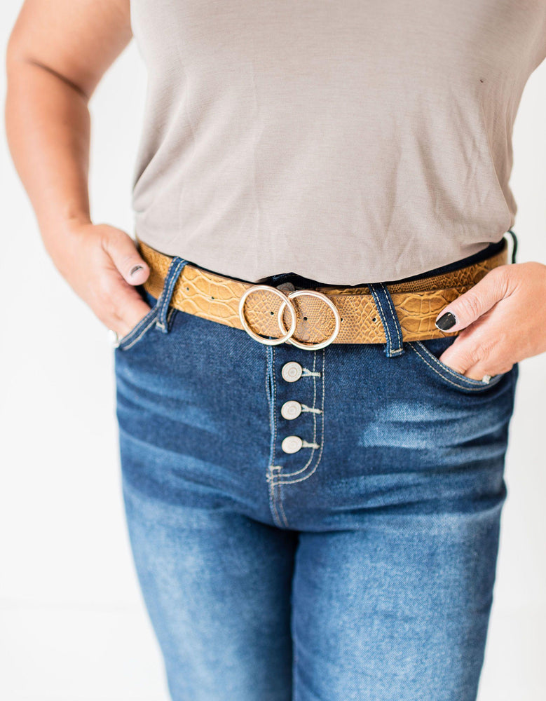 faux crocodile belt with 2 ring buckle vetue Boutique tampa saint Petersburg florida online clothing accessories casual stylish contemporary fashion store