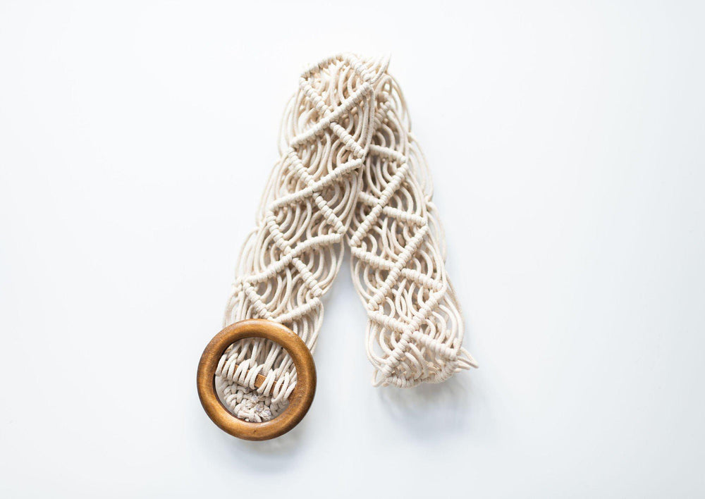 knotted belt with wood buckle