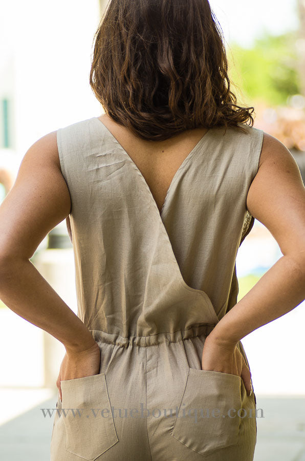 Linen V-neck jumpsuit with waist tie and pockets-Vêtue Boutique Lithia FL USA. Women's boutique for great quality fun, laid back chic and stylish clothing and accessories at. Let us dress you!