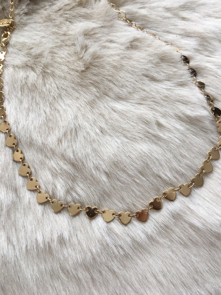 hearts gold plated choker-Vetue Boutique Lithia FL USA. Women's boutique for great quality unique, fun, trendy and stylish clothing and accessories at amazing prices-Let us dress you!