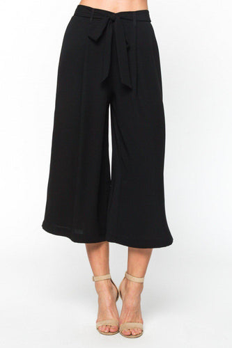 Vêtue Boutique Lithia, FL. Women's Clothing and Accessories. Free Shipping in US. Wide-leg silhouette Culottes with a waist tie