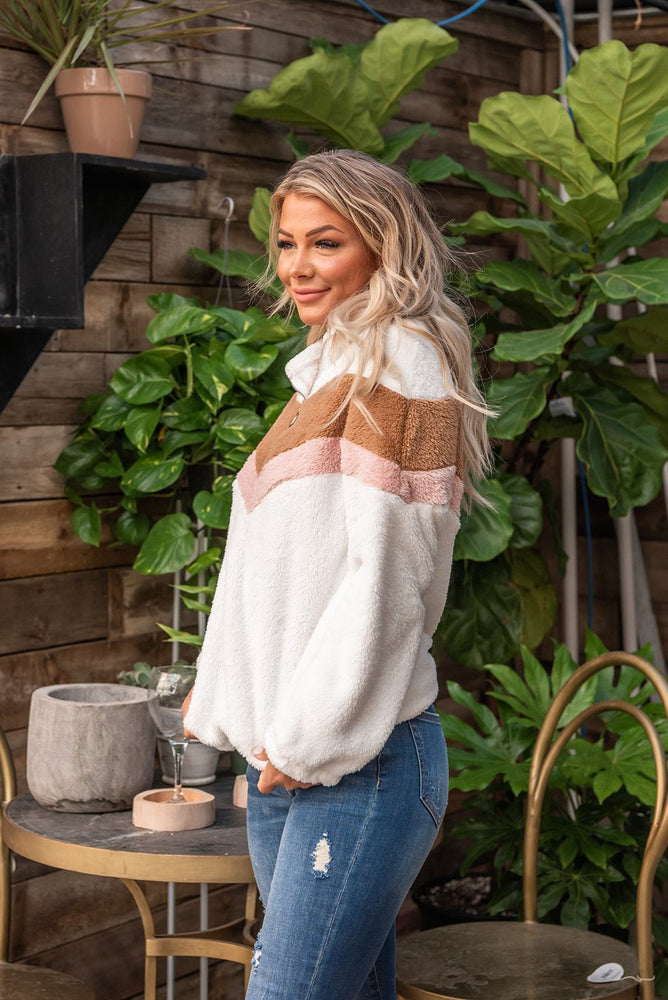 Y-Feeling The Chill Sherpa Pullover