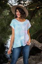 tie dye short sleeves top available online at vetue boutique
