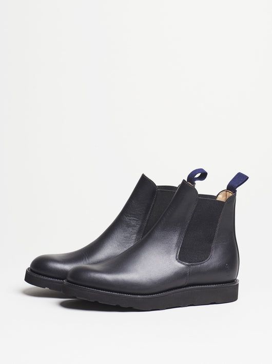 Capital Goods by Sanders Chelsea Boot, Black Leather