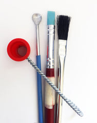 Scattered Glass powder tools
