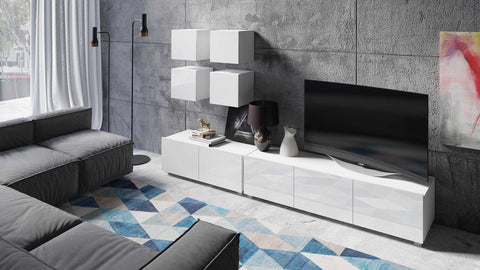 Calabrini Living Room Set - XVIII