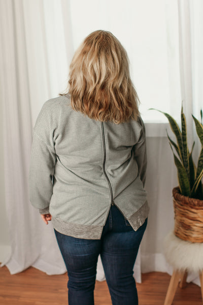 Sweatshirt with Back Zipper