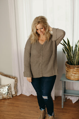 Hi Low V-Neck Sweater