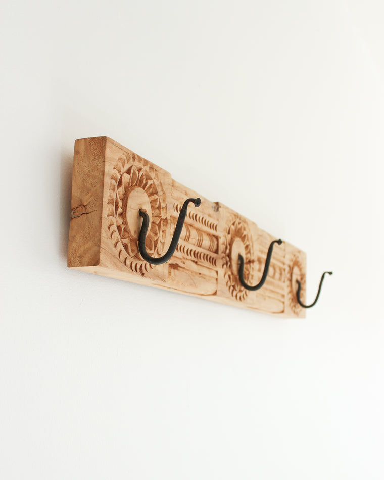 Hand Carved Wooden Wall Hook // Natural