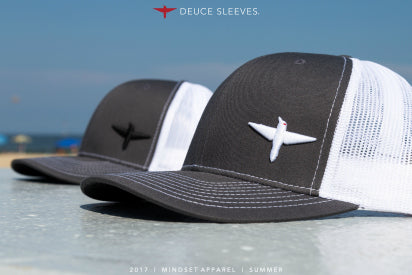 Deuce Sleeves Curved Bill Hats