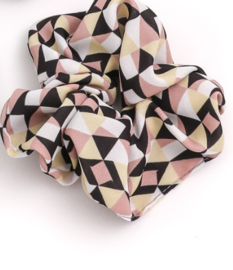 triangle print scrunchie