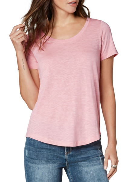 scoop neck short sleeve tee