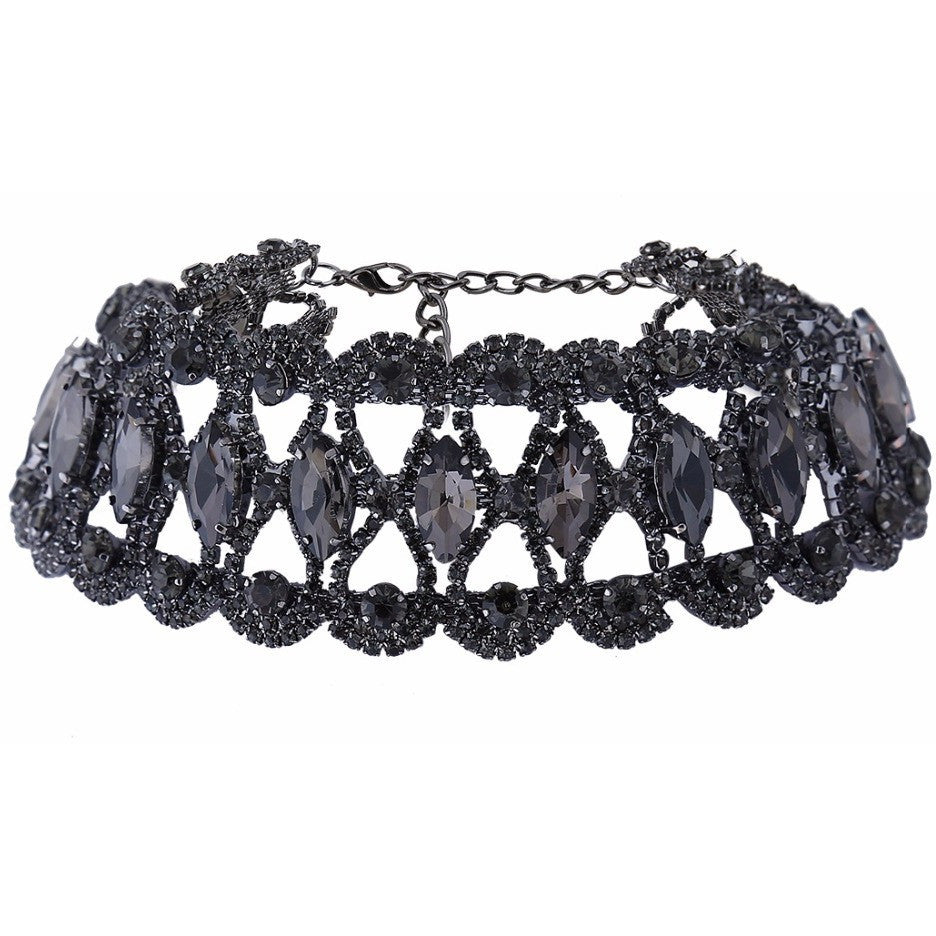 Black Crystal Choker - West Nineties