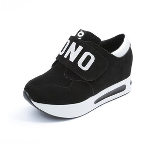 WEST NINEITES LUXE NONO LOVE Women's Sneakers