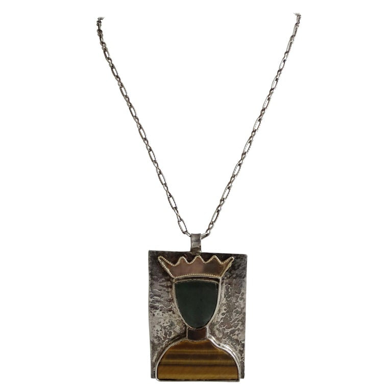 William De Lillo Queen Pendant Necklace