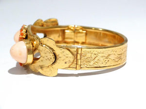 1970s William De Lillo Faux Coral Floral Etched Bracelet