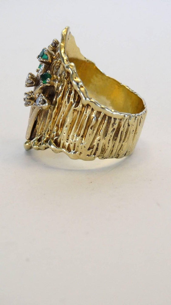 1970s 14k Floral Ring with Diamonds and Emeralds