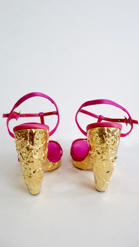 Louis Vuitton Fuchsia Satin Heels With Textured Gold Heel