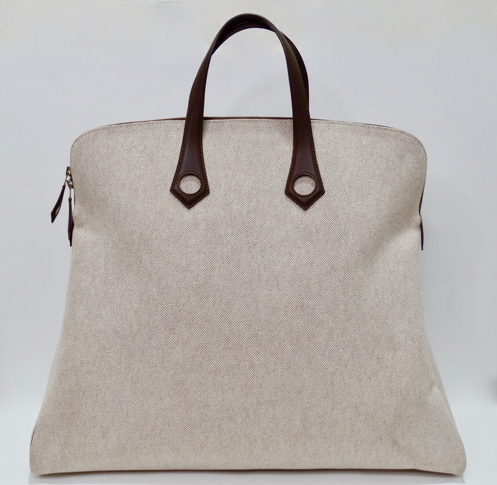 Hermés 2006 Tan Canvas Travel Tote