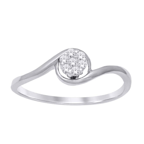 10K White Gold 1/10 Ct.Tw. Diamond Flower Ring