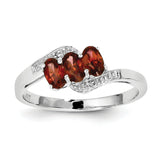Sterling Silver Rhodium-plated Garnet & Diamond Ring QDX590
