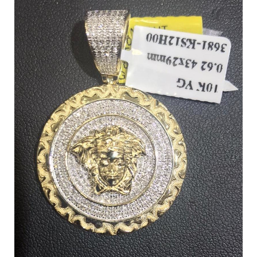 10kt Yellow Gold 0.62ctw Diamond Versace Pendant