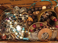 1lb10oz*Vintage & Mod Jewelry Lot**Nice Chain Watch*Wear/Craft*Nut*Wood*A614