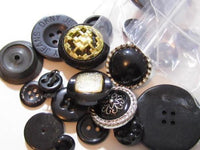 Vintage Big Mixed Lot Of Large Black Plastic Misc Buttons*Crafts*S644 - Jewel Eureka