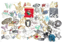 Huge Mix Figural Jewelry Lot Brooches Pins*Floral*Butterflies*Rhinestones*A934
