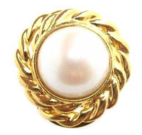 Large Round Vintage Faux Pearl Textured Gold Plated Scarf Dress Clip - Jewel Eureka