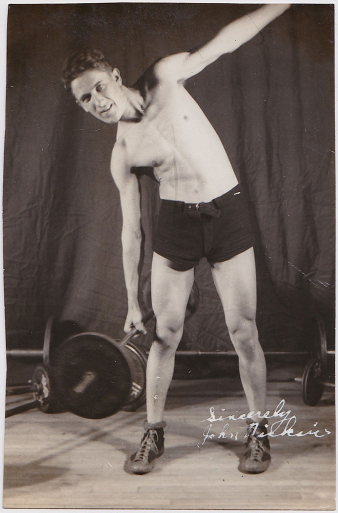 Vintage Physique Photo: Bodybuilder Doing Side-Bend