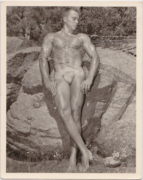 Original vintage photo by Don Whitman / Western Photography Guild. The model is Les Workman