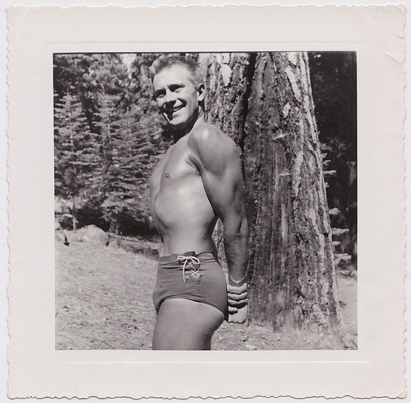 Anonymous Bodybuilder in Lace-up Trunks vintage physique photo
