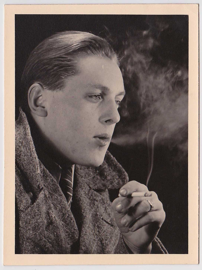 Smoking Man: Vintage Gay Interest Photo
