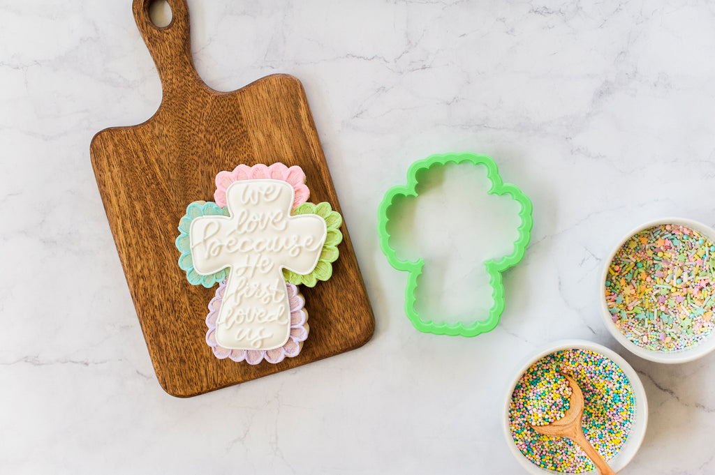 Scallop Cross Cookie Cutter