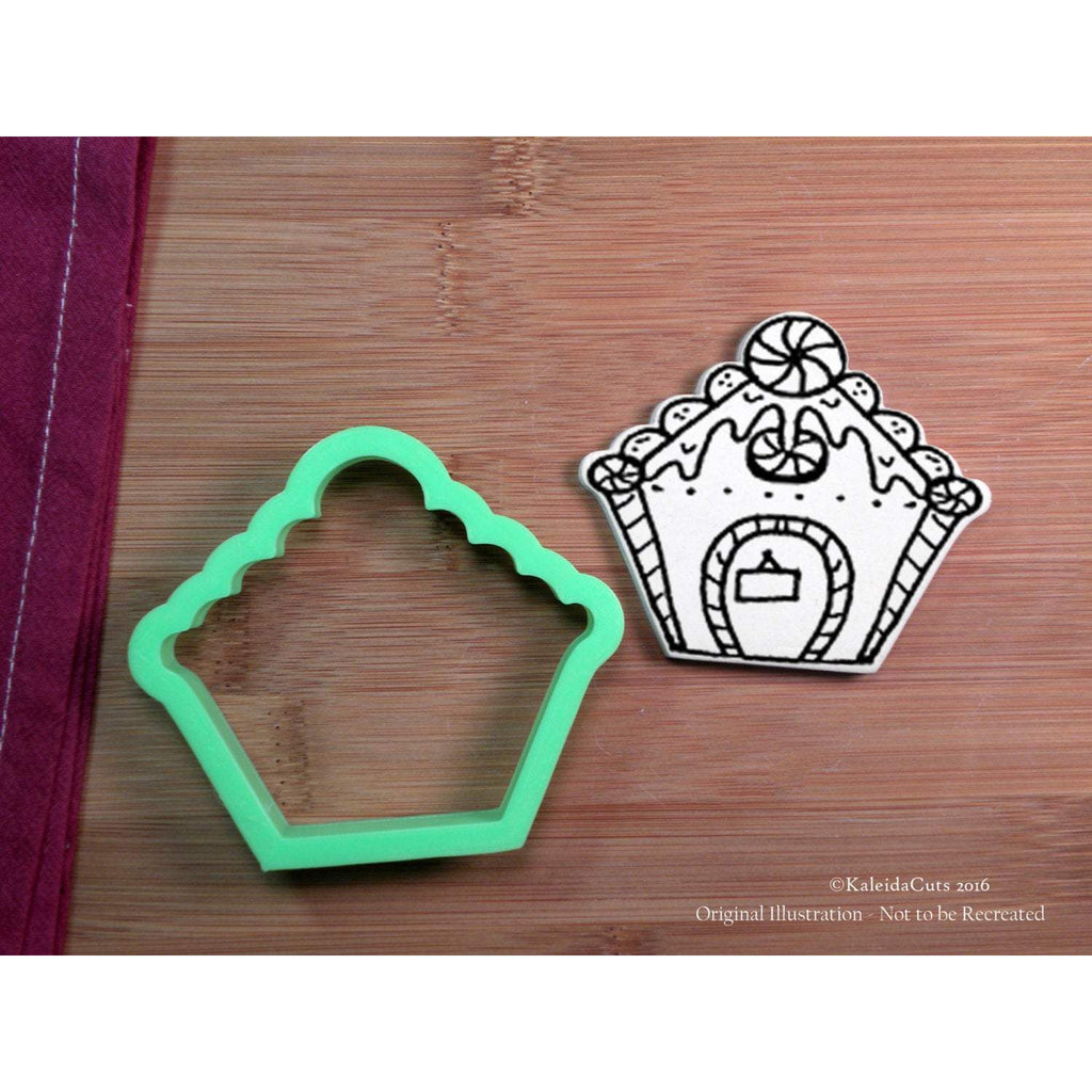 GIngy House Front Cookie Cutter